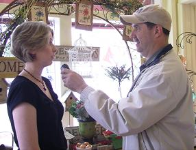 amy-cornerstone-shoppe-and-bob-connell-talk-about-great-gifts