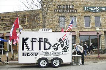 kffb-1061-fm-on-location-at-folkfest