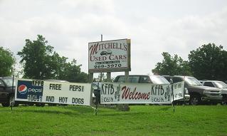 kffb-on-location-at-mitchells-used-cars