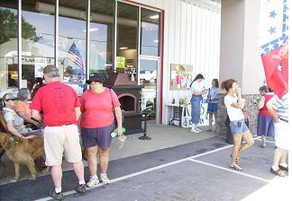 Folks enjoy the homecoming at FL Davis