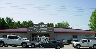 KFFB 106.1 fm on location at FL Davis in Greers Ferry
