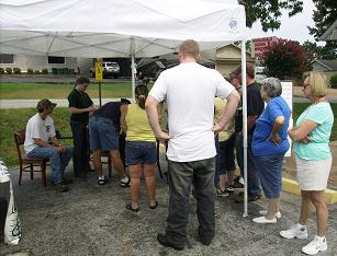 Folks line up to dig for Diamonds