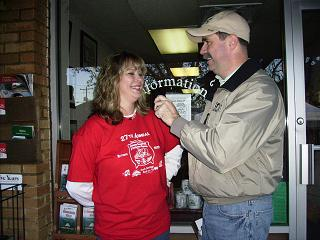 Michele Coon Mountain View Chamber Manager and Bob Connell talk about Beanfest